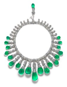 La Reina necklace. Baroque Columbian emeralds, white South Sea Pearls, diamonds  © The House of Rose